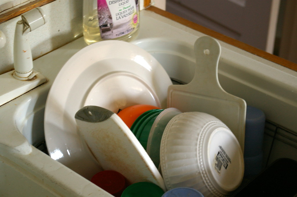 Tip 3 Washing Dishes