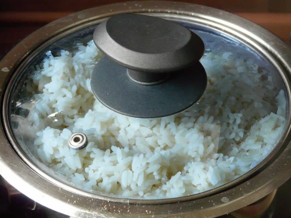 How To Clean The Rice Cooker